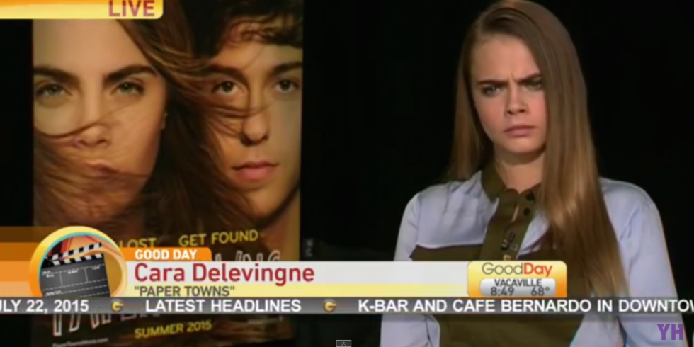 Watch @CaraDelevingne handle an awkward, straight up RUDE interview like a total boss http://t.co/eKYw27Fh8Z http://t.co/SLb7wBDitn