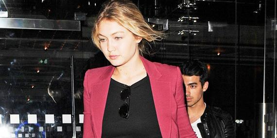 Get @GiGiHadid's style without breaking the bank: http://t.co/N8rl8xVi07 http://t.co/gbBg6IpKOS