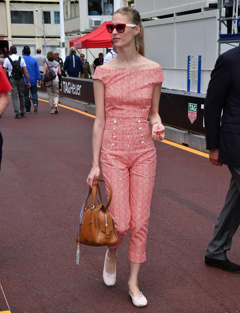 #BeatriceBorromeo es la 'it girl' del momento, ¿te gusta su estilo? http://t.co/OGqI8HvCM9 #boda #monaco #casiraghi http://t.co/GM6gOf9yNt