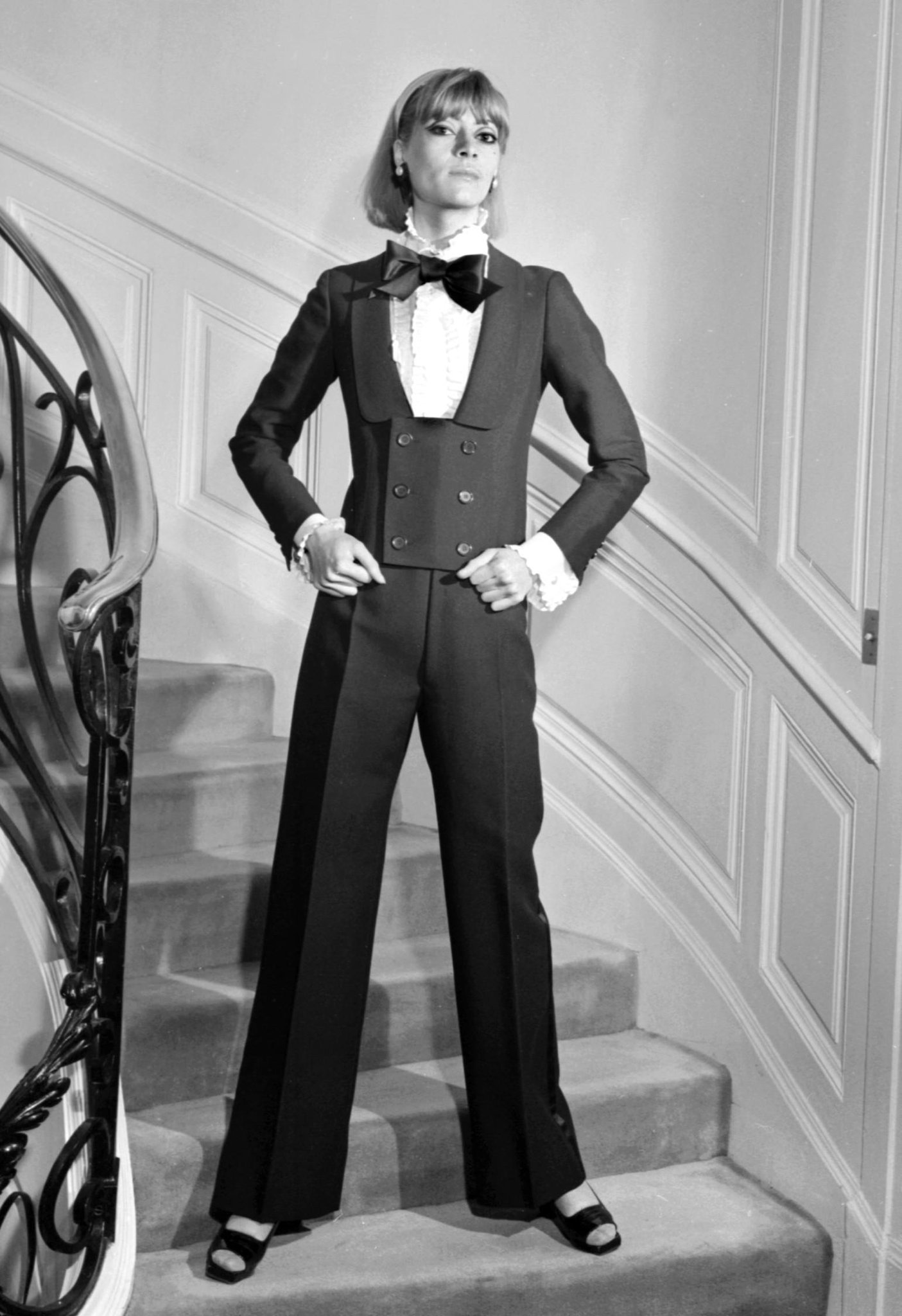 Will @YSL's new couture line be as classically chic as the first? http://t.co/taZN99Gn13 http://t.co/JflJKAWWyr