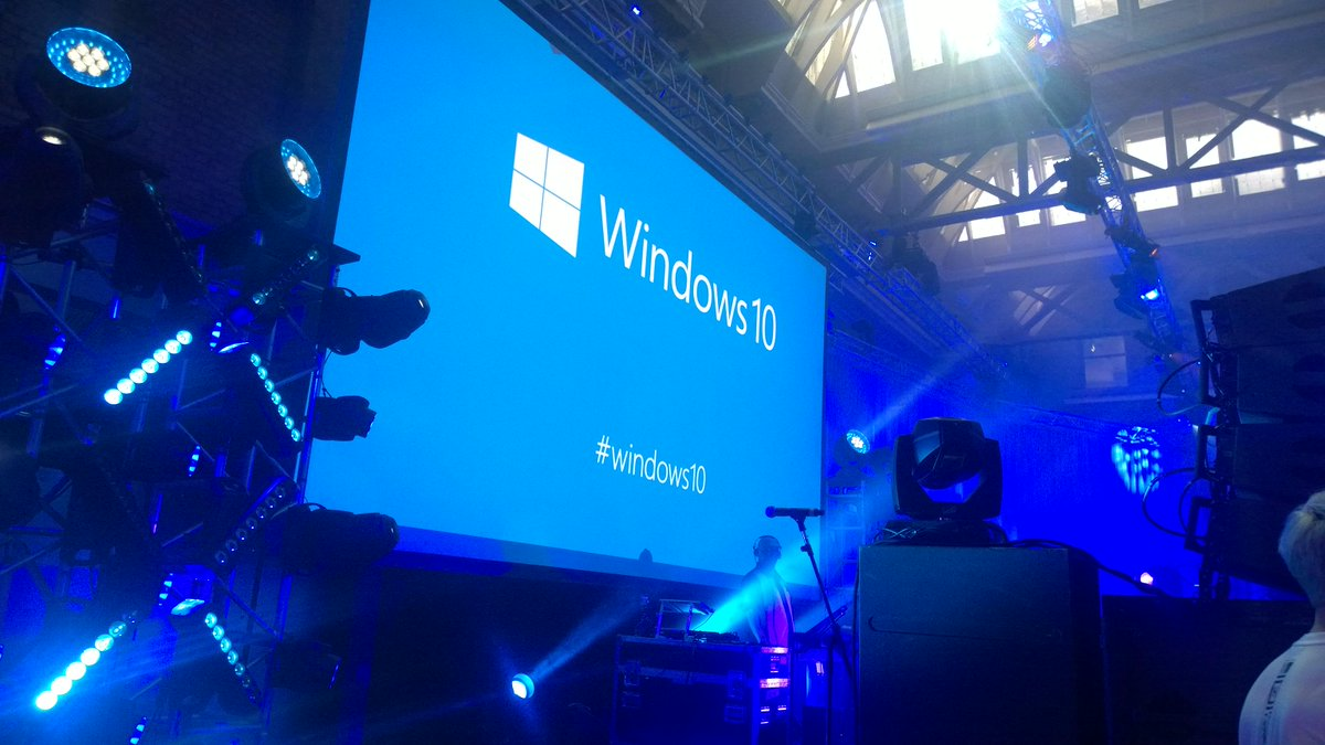 """Memorable quote""""one thing I've learned, Microsoft knows how to throw a party"""" #Windows10 #London http://t.co/eRr940se7s"""