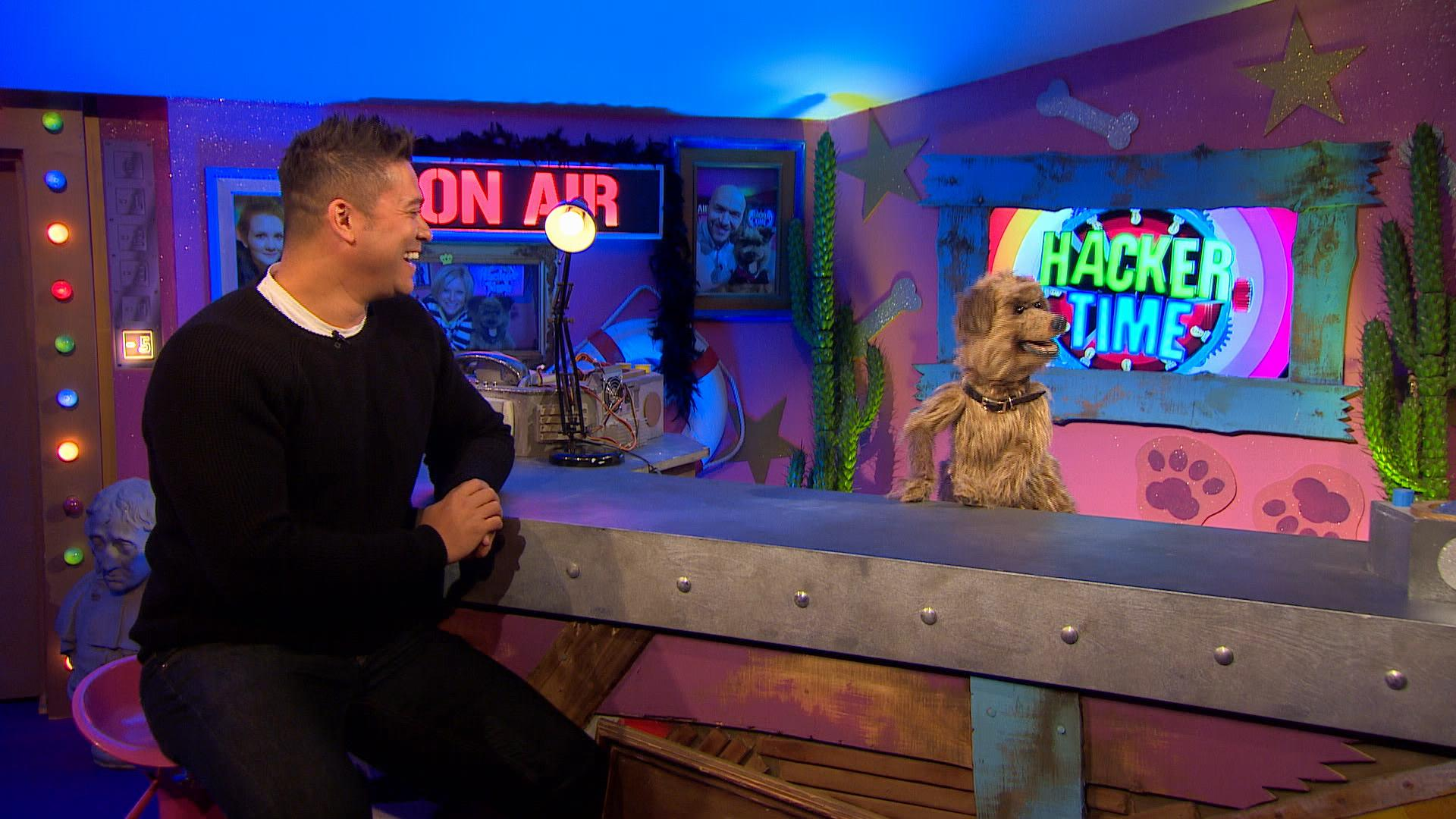 RT @CBBC_Hacker: Watch my top show #HackerTime on @CBBC 9am 2moro with @RavWilding. He has more muscles than the sea. #IKnowHowToSpell http…