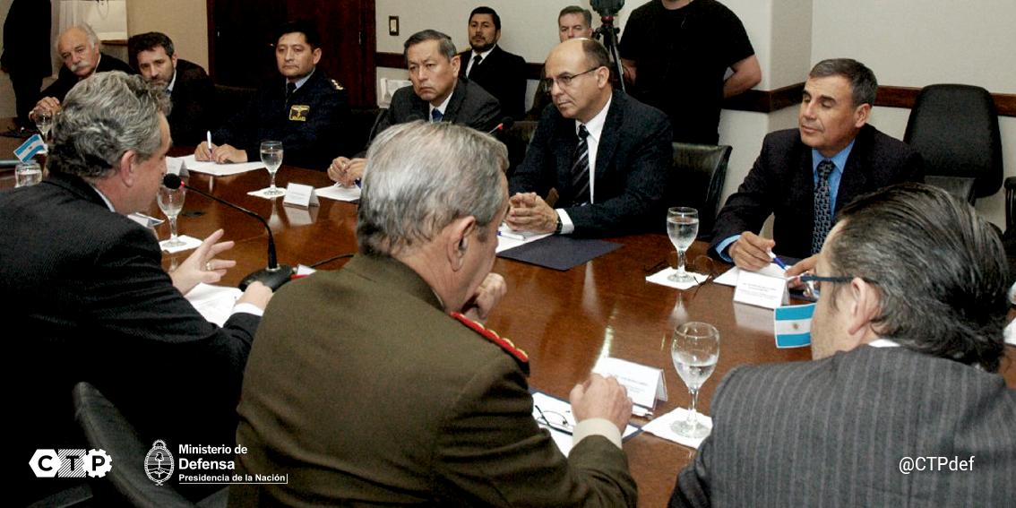 Noticias de la Dirección General de Fabricaciones Militares-DGFM- - Página 39 CLHuKoyWoAAfCqW