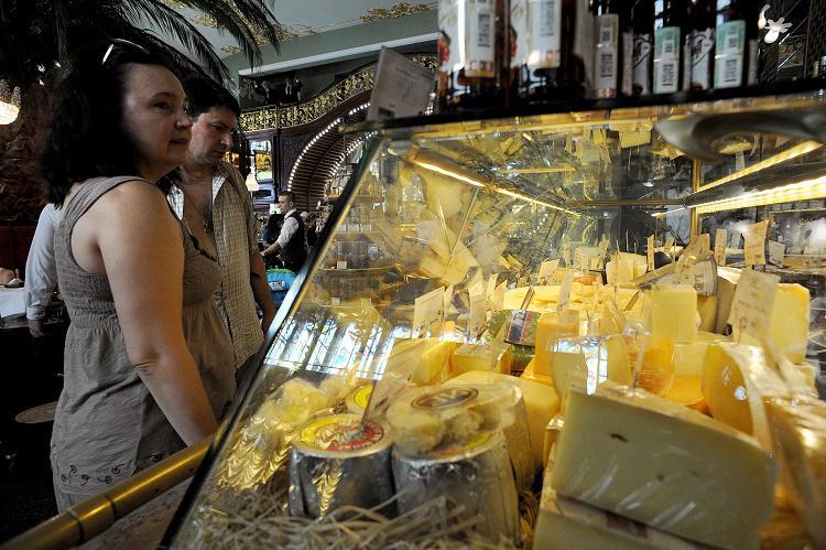 Russia: 500 tonnellate di formaggio sequestrati, valore oltre 30 mln di dollari