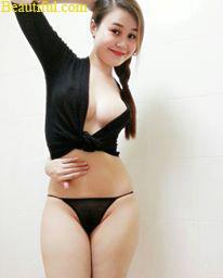 Sexiest facebook profile pics