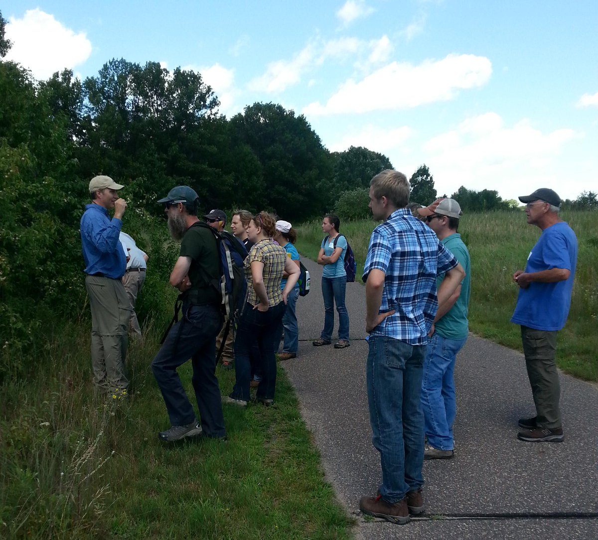 Mn Bwsr On Twitter Bwsrs Dan Shaw Leads A Basic Plant Id Course
