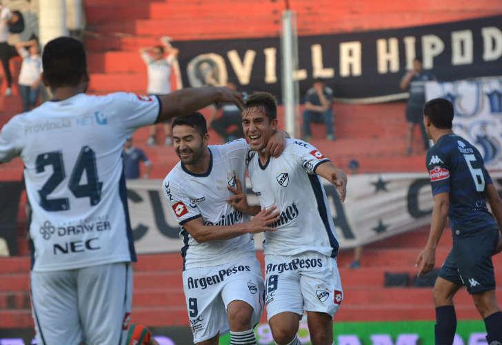 Copa Argentina | Quilmes goleó y pasó de ronda