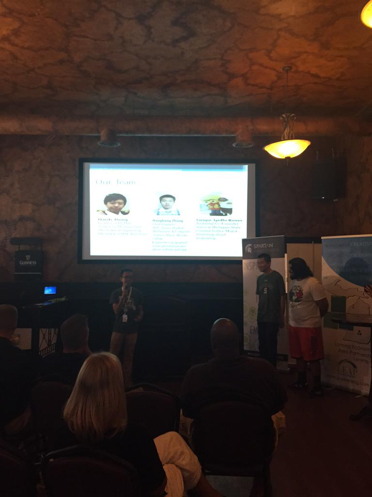 Fly Mate is aero social. They help passengers choose their ideal seats on a plane. @IdeaHatch @TheHatching http://t.co/ZHEIECN13A