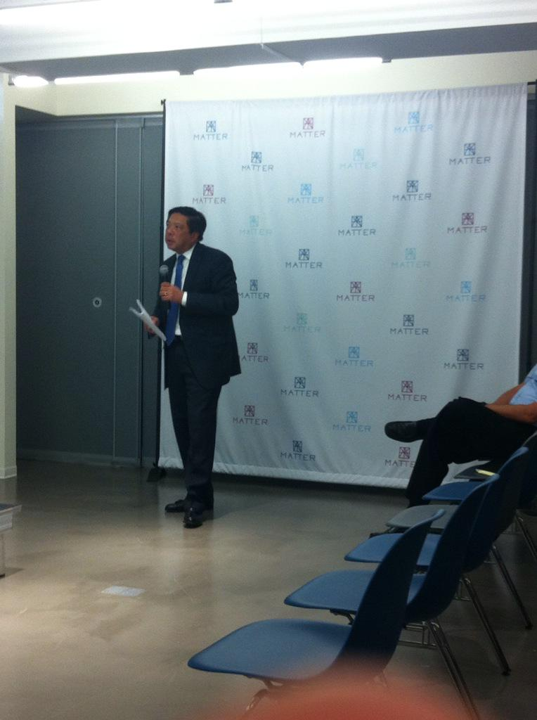 Daniel Lee, CEO @AperionBio kicking off #Healthcare @northshoreweb @matterchicago #nsnextmed http://t.co/FfWWOEN685