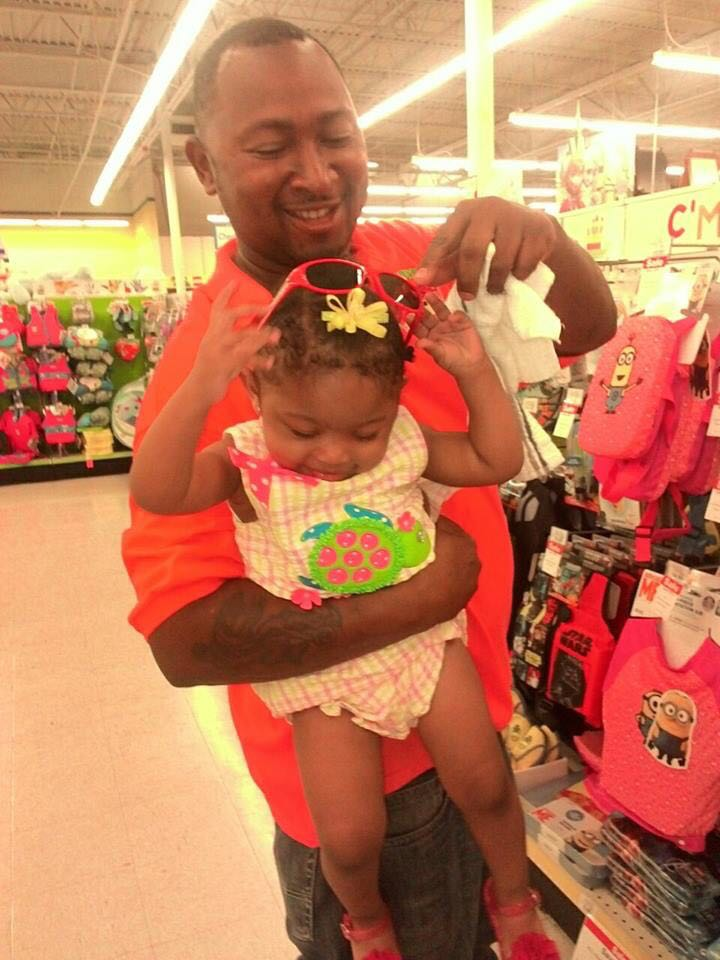 This is the real #JonathanSanders - was the real Jonathan Sanders. A proud father. #BlackLivesMatter http://t.co/Ub8IsxXkaB