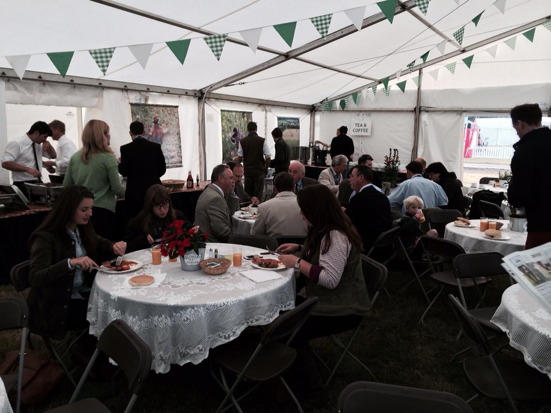 .@Gameandwildlife members arriving for breakfast at 7am @CLAGameFair. Happy days. http://t.co/Sz4iiO2ueD