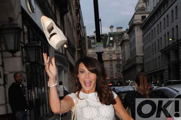 RT @OK_Magazine: WHY did @lizziecundy chuck her high heel at a photographer? http://t.co/oiqjD9D4BC http://t.co/ni2xS1ZZSq