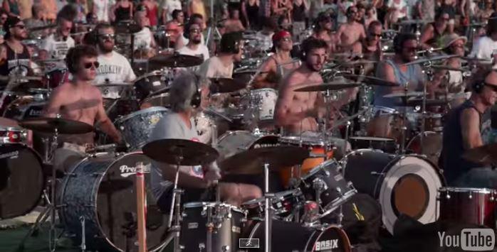 David Grohl (Foo Fighters) commosso dall'invito di Cesena (VIDEO)