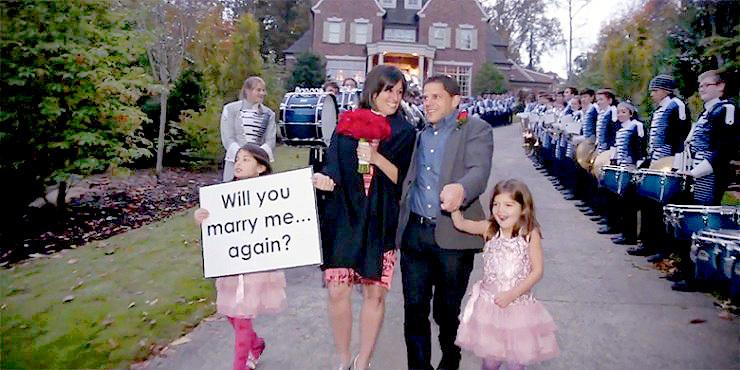 Husband Surprises Wife On 10th Anniversary With Marching Band, Choir, And A Second Wedding http://t.co/EQZJsN6Ztz http://t.co/w35uMmyYI5