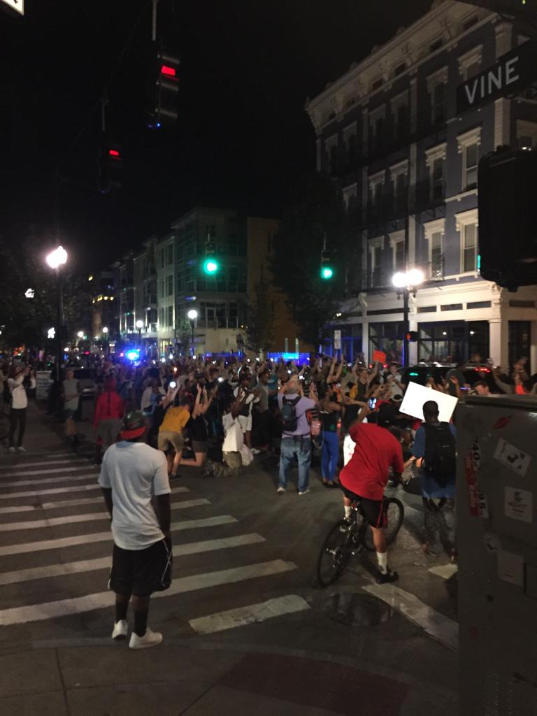 Peaceful protest down Vine St in OTR. #Cincinnati #SamuelDubose http://t.co/KQ76yPfn54