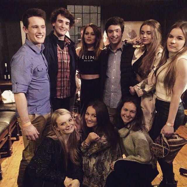 "Kelli Berglund News on Twitter: ""New picture of Kelli with ... Raising The Bar Cast"