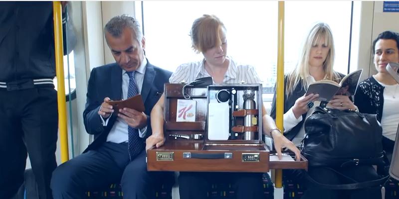 Kellogg's suitcase fridge surprises commuters - watch the #video here: http://t.co/x33Vor7RxV http://t.co/Uc7bCAt0zz