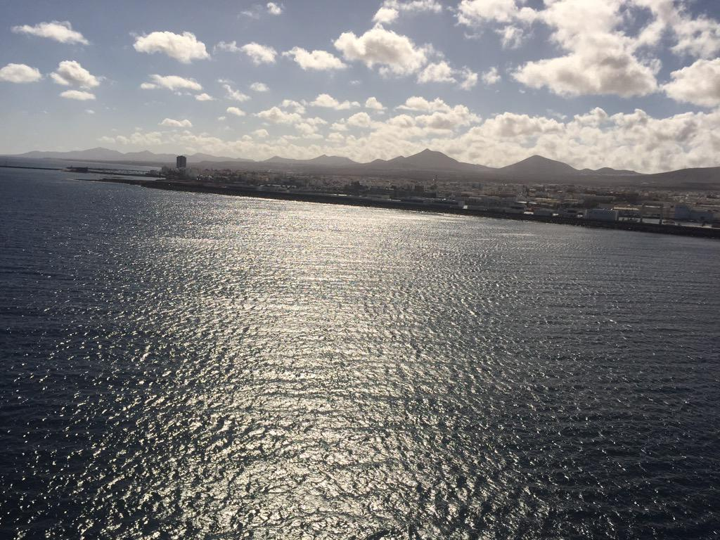 This was my farewell to Lanzarote last night  oh what a night  @pandocruises  need to force myself out of my bed now http://t.co/pjRyF8LxTm