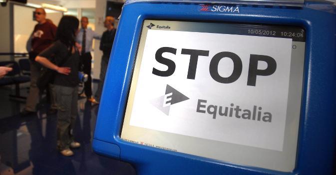 Clamoroso a Lecce: annullata cartella esattoriale Equitalia Agenzia delle Entrate