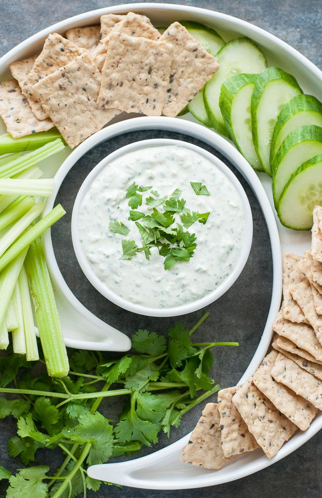 Creamy Cilantro Cucumber Dip :: Grab a box of @BlueDiamond @nutthins and dive on in! http://t.co/TmONjbrNxd #ad http://t.co/ORWHIxusTY