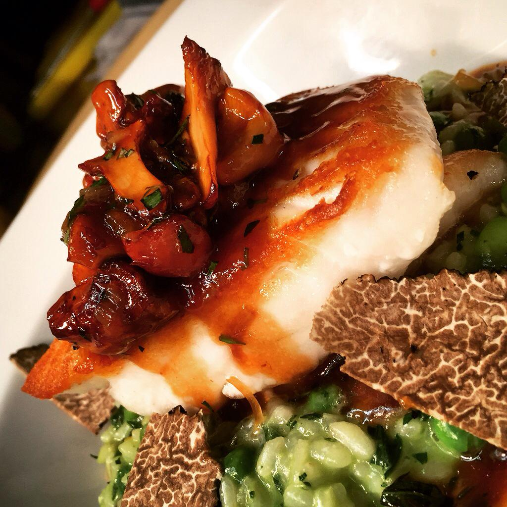RT @breadstkitchen: Tonight Special, Turbot, pea broad bean and mint risotto, Scottish girolle, Parmesan, summer truffle @GordonRamsay http…