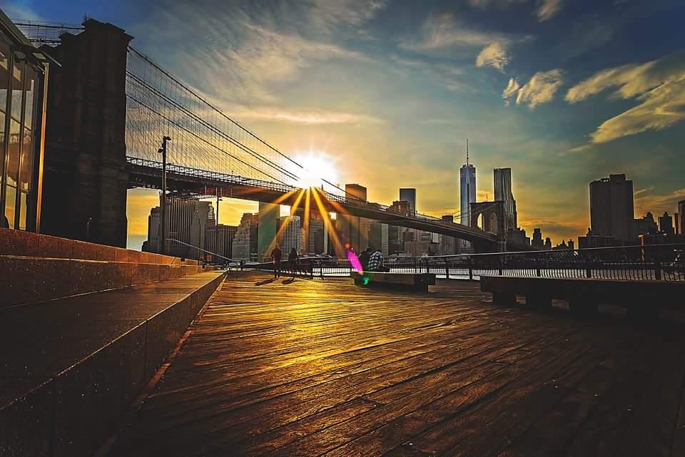 Manhattan by @8thRulePhoto #newyork #nyc <br>http://pic.twitter.com/670l3mSfpi