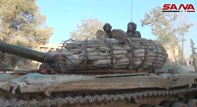 الوحش الفولاذي لدى قوات الجيش السوري .......الدبابه T-72  - صفحة 2 CLX6AgqUcAA0mIc