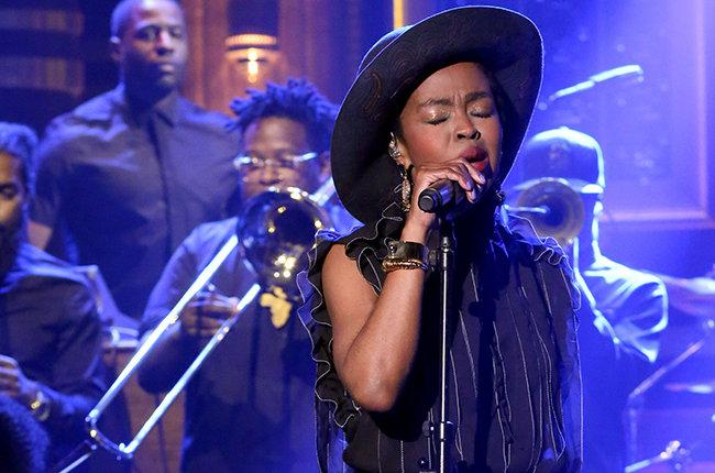 """RT @GlobalGrind: Watch Lauryn Hill perform """"Feeling Good"""" on 'The Tonight Show' http://t.co/sDJaT2r7kC http://t.co/Z6XPkOjKkO"""