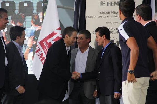 Otra vez el perfil demacrado de EPN #AbucheoVirtualAEPN http://t.co/cSsiNN67cQ