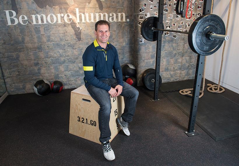 Reebok brings  'Be More Human' comeback campaign to Europe http://t.co/C1OeqsMS2m via @MarketingUK http://t.co/MzBJj2CVYS