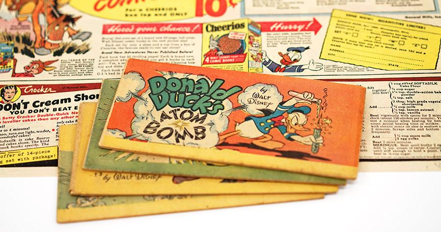 発行したディズニー自らが後に再版を禁じたマンガを入手。ドナルドが作った「ATOM BOMB」の爆発により街中の人々の髪の毛が抜け落ちはじめるものの、続いて毛生え薬を作って大儲けするというもの。シリアルの景品で1947年発行。 http://t.co/FapTDUqwZx