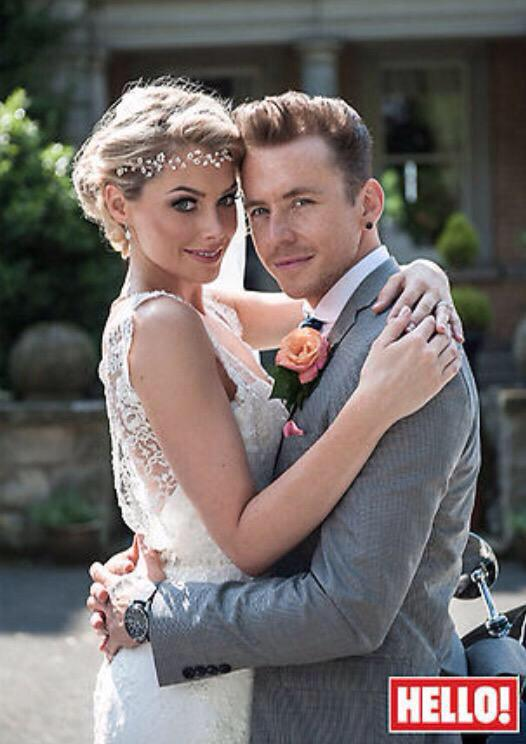 Happy anniversary @itsDannyJones @GeorgiaHorsley1 cannot believe it's been a whole year!! Such an incredible day