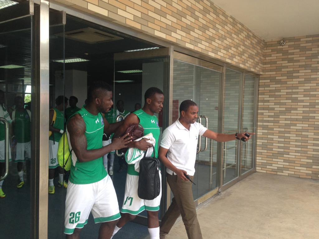 Gor Mahia squad have refused to use the Changing rooms instead they'll the touchline. They are afraid to Bewitched. http://t.co/dUPxYCuaWb