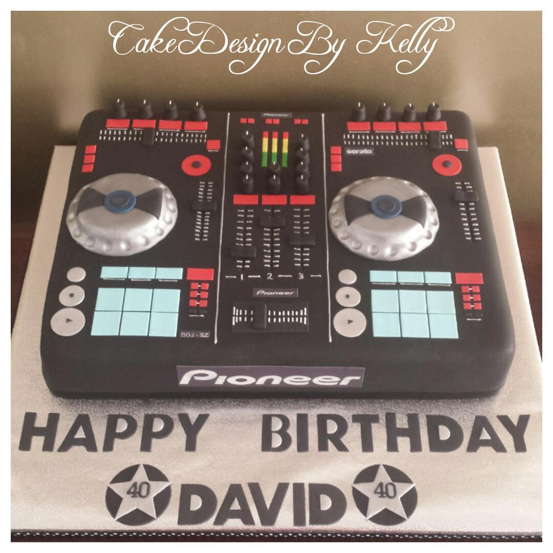 Cake Design By Kelly On Twitter Mycakedeco Weekendbakes Dj Decks