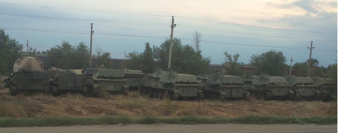 Завантаження ешелону у Волгоградській області http://t.co/kj2F9xSpPz http://t.co/5uT0QvWba3 via @el_roosevelt