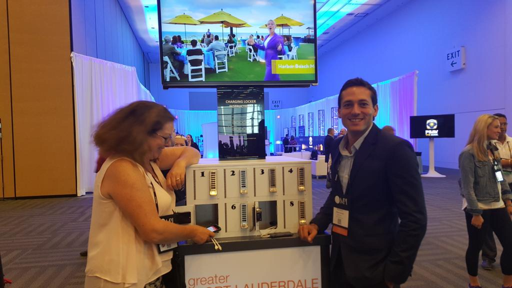 the charging station is the new water cooler #wec15 @melissamoskal @IMEXrichard http://t.co/rIExdbTjfN