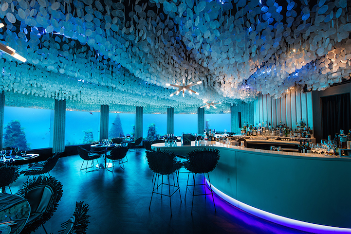 Dine in style among ocean life - take a look at #Subsix: http://t.co/C9C0HYtv6y http://t.co/GjPqPer9Sh