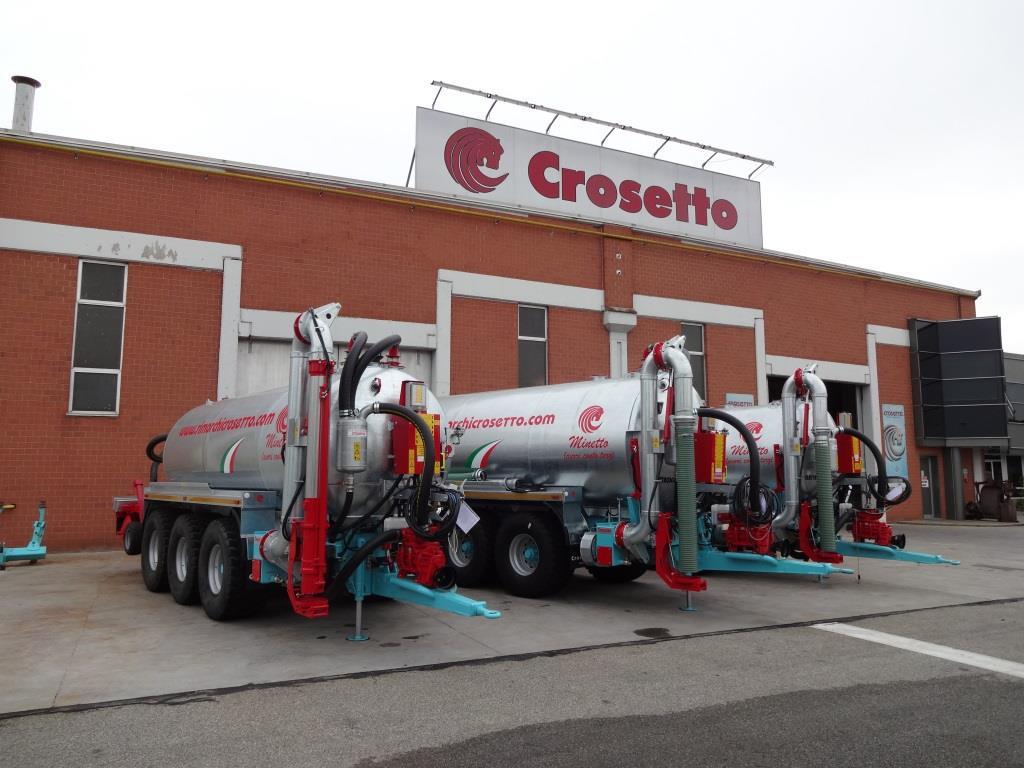 Crosetto on twitter consegna 3 carribotte a lavori for Crosetto rimorchi agricoli