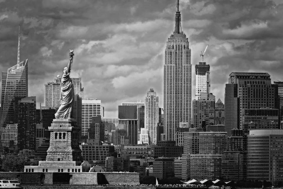 Empire State Building by 8thRulePhoto #newyork #nyc <br>http://pic.twitter.com/vdsDJcpVJc