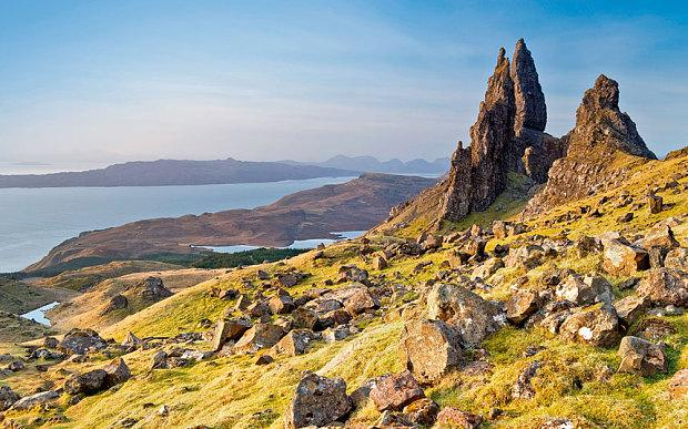 Our guide to living the Scottish high life in Skye http://t.co/OqRp7L1iFl http://t.co/QZZorjxpyx