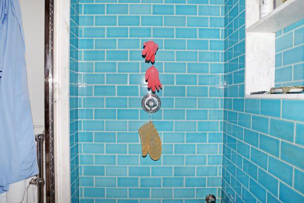 Take shorter showers: http://t.co/5pcvAGUmYu http://t.co/zx4hrR5G3L
