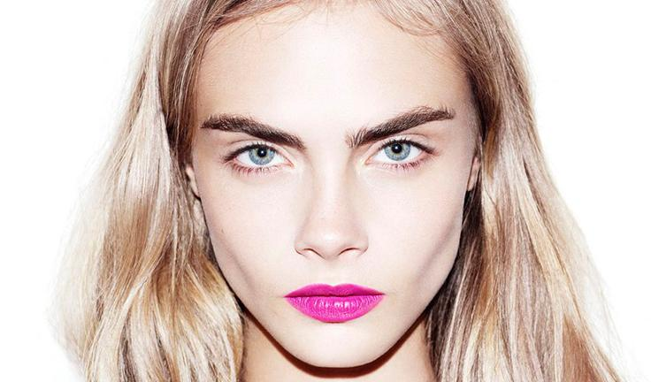 ICYMI: Cara Delevingne now has pink hair: http://t.co/clBqhr6up7 http://t.co/49C8mBcVL9