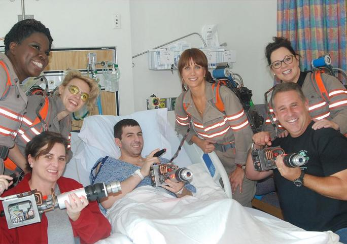 The new Ghostbusters cast makes a sweet call to a children's hospital: http://t.co/8INHpbqyJ2 http://t.co/QqaLdTVmfV