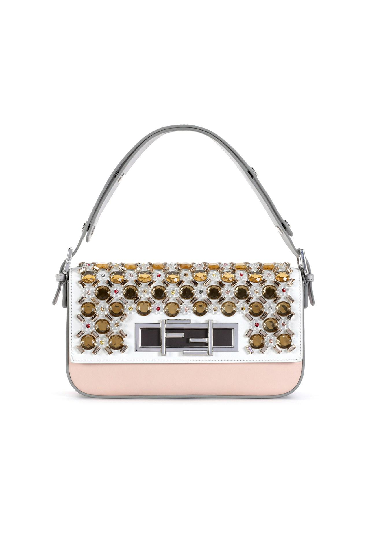 Why a slice of Rome is popping up @Harrods this summer @Fendi: http://t.co/ozfNolQfia http://t.co/q58JZaM3fL