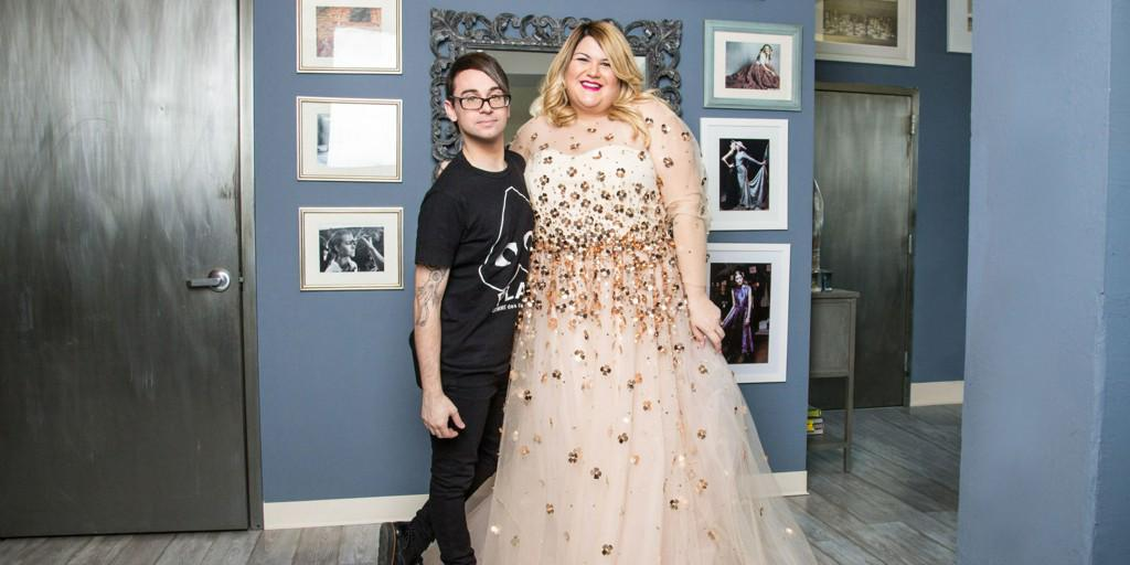 Inside Nicolette Mason's Wedding-Dress Fitting with Designer Christian Siriano http://t.co/EnzDnqXMUN http://t.co/r0POdrNmwY