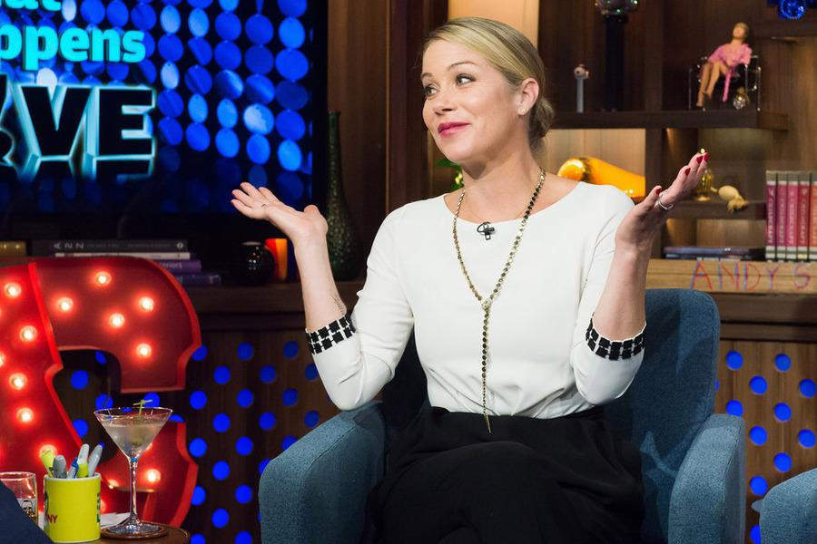 Christina Applegate ditched this super-hot actor on a date in the 80s—but for who? http://t.co/D8Fn5AT2JC http://t.co/ExHNsaft1r