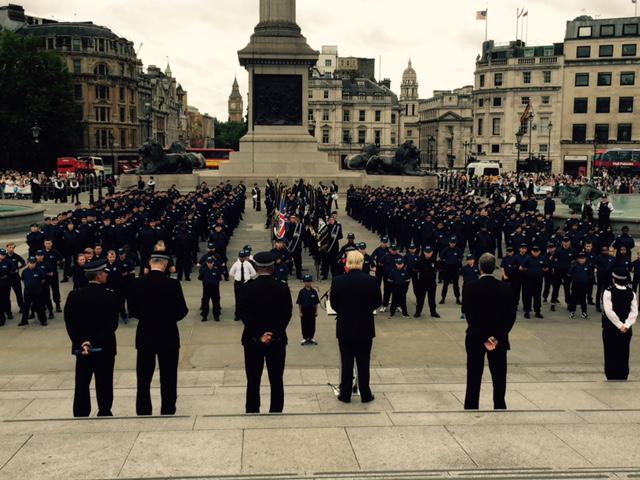 Fantastic to see @MPSCadets on parade today- young Londoners providing an invaluable service to our city @NationalVPC http://t.co/umHvik0yUZ