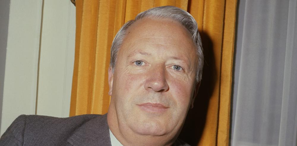 LISTEN: US reporter who looked into Ted Heath abuse claims on how she was kicked out of UK http://t.co/YY7OtFKSik http://t.co/6ux9YfOHXA