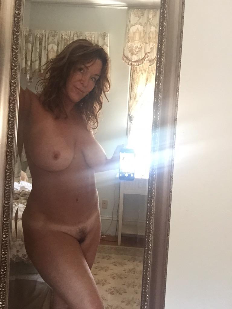rachel steele naked