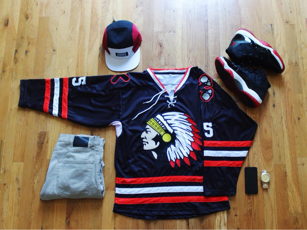 hockey jersey outfit